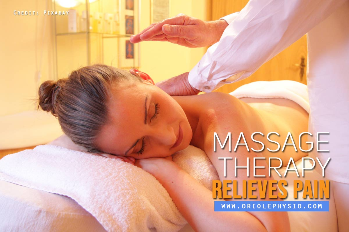 Massage-therapy-relieves-pain